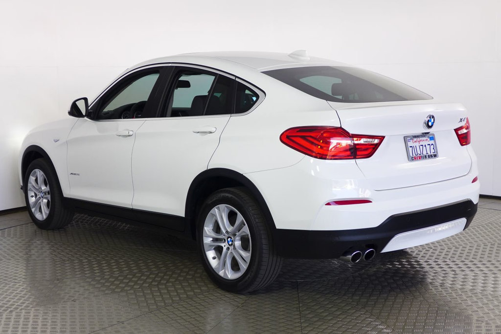 Pre-Owned 2017 BMW X4 xDrive28i Sports Activity